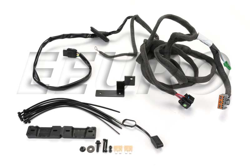 lg_432543fb 5b6f 4918 af0f dbe033fd2260 30664651 genuine volvo tow hitch wiring harness free tow hitch wiring harness at gsmportal.co