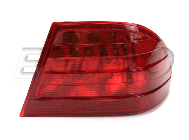 Tail Light Assembly - Passenger Side Outer 11518900 Main Image