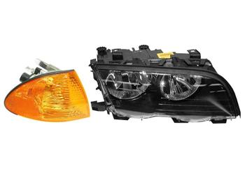 Headlight Set - Passenger Side (Halogen) (With Turn Signal) 1588847KIT Main Image
