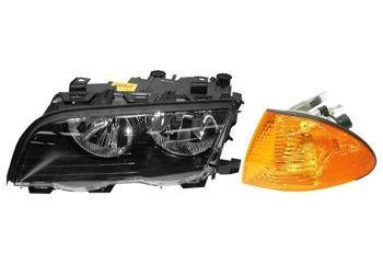 Headlight Set - Driver Side (Halogen) (With Amber Turn Signal) 1588824KIT Main Image