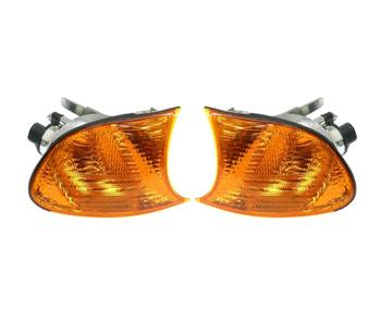 Turn Signal Light Set - Front Driver and Passenger Side (Yellow Lens) 1593945KIT Main Image