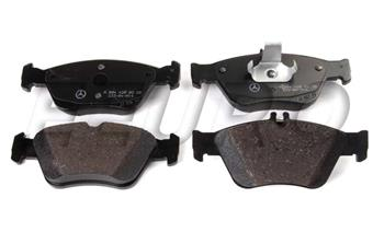 Disc Brake Pad Set - Front 004420022067 Main Image
