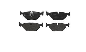 Disc Brake Pad Set - Rear (Low-Metallic) P06023 Main Image