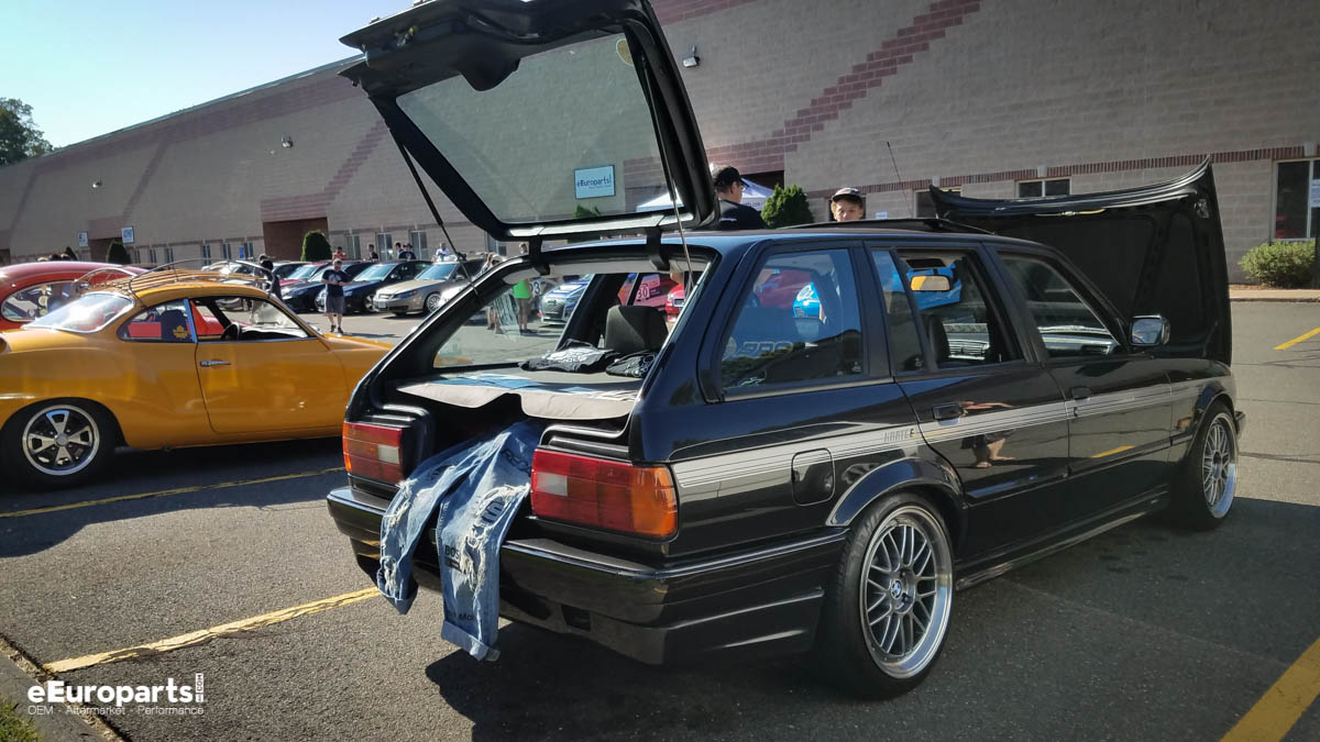 BMW E30 Touring Wagon at eEuroparts