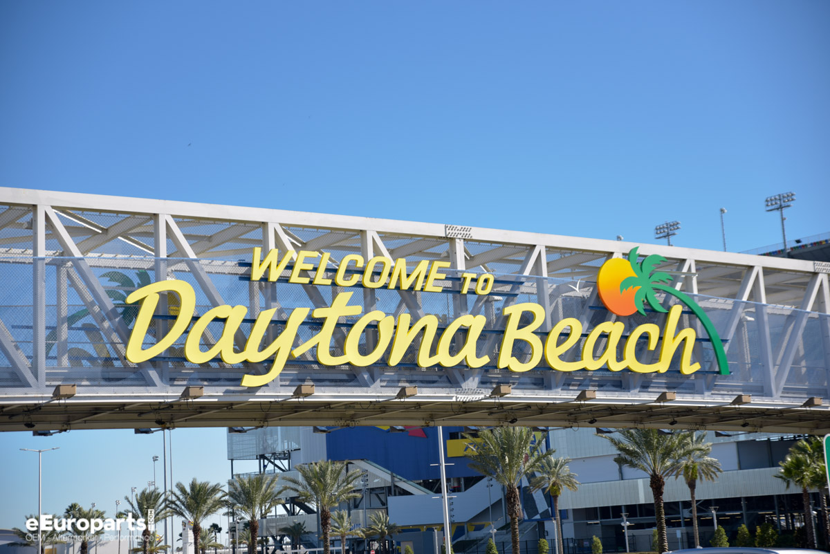 Daytona Roar Before The 24 Beach